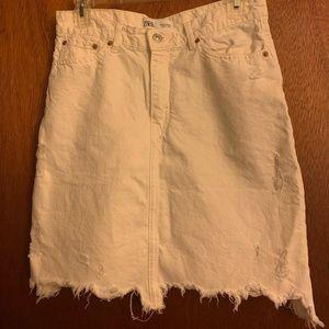Zara distressed mini skirt